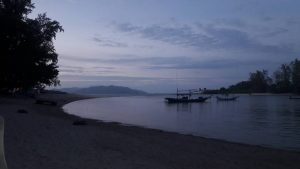 tourists cheongmon beach
