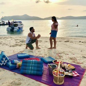 Sunset Romantic Private VIP Speedboat Honeymoon Package