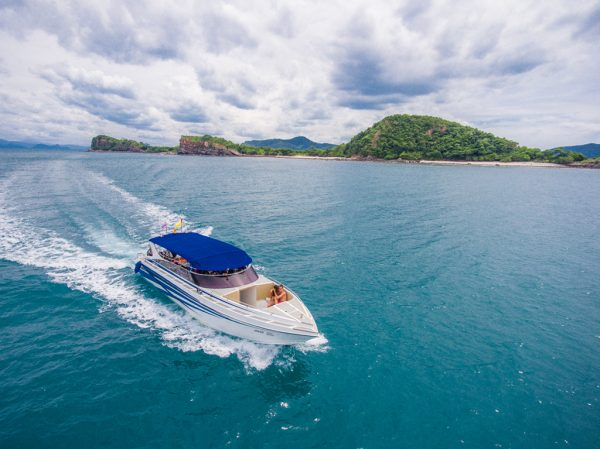 Island Hopping VIP Private Speedboat Tours